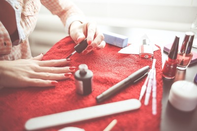 Manicure japoński, klasyczny i francuski